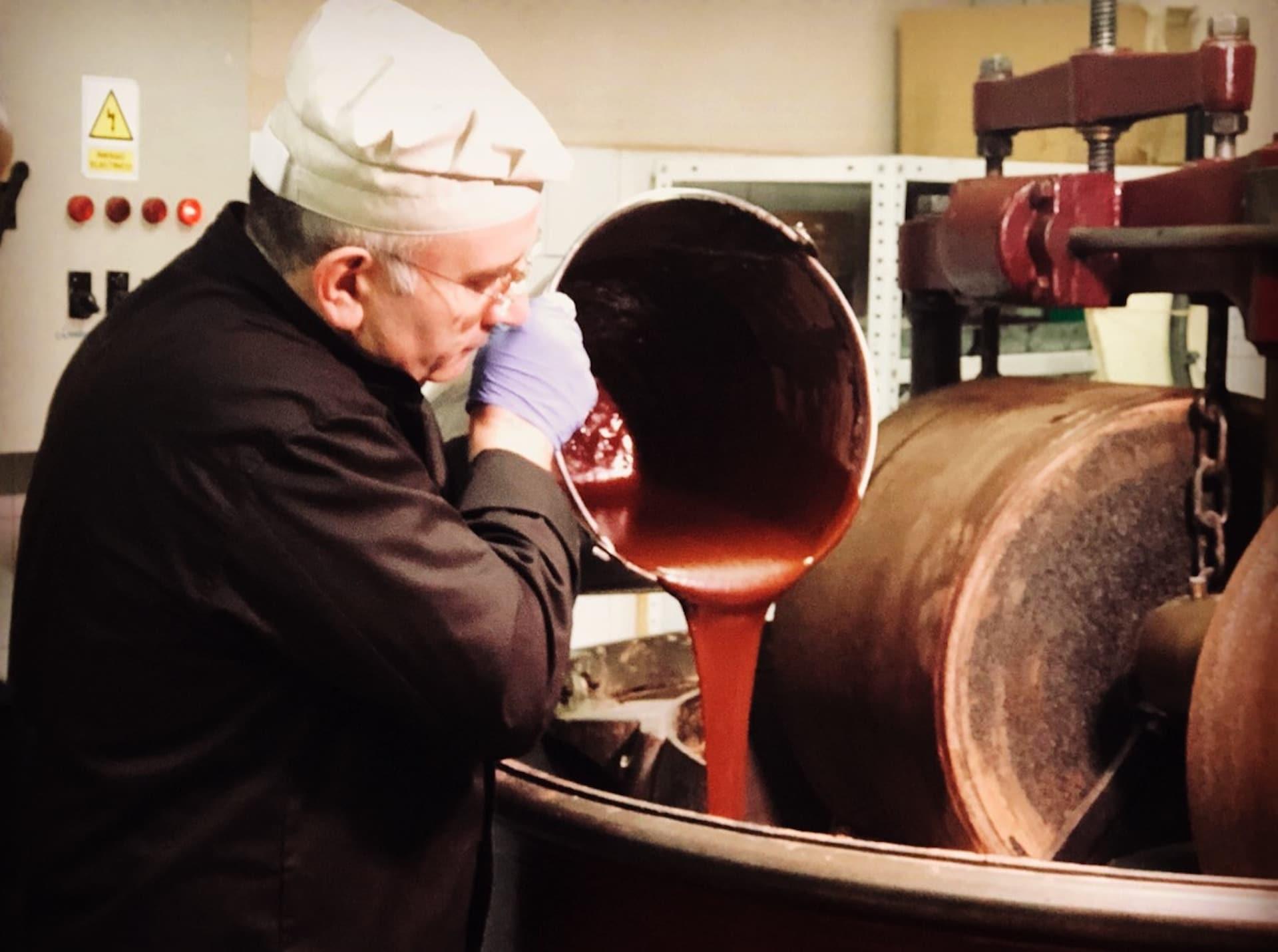 Juan, Maestro Chocolatero en  Chocolate Santocildes