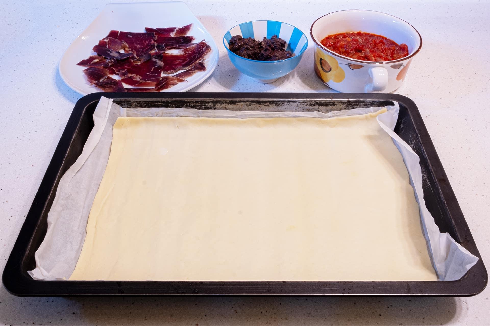empanada de cecina y morcilla de León ingredientes
