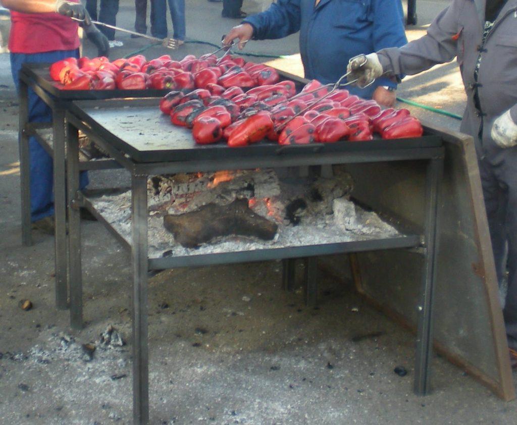 proceso tradicional de asado de los pimientos del Bierzo