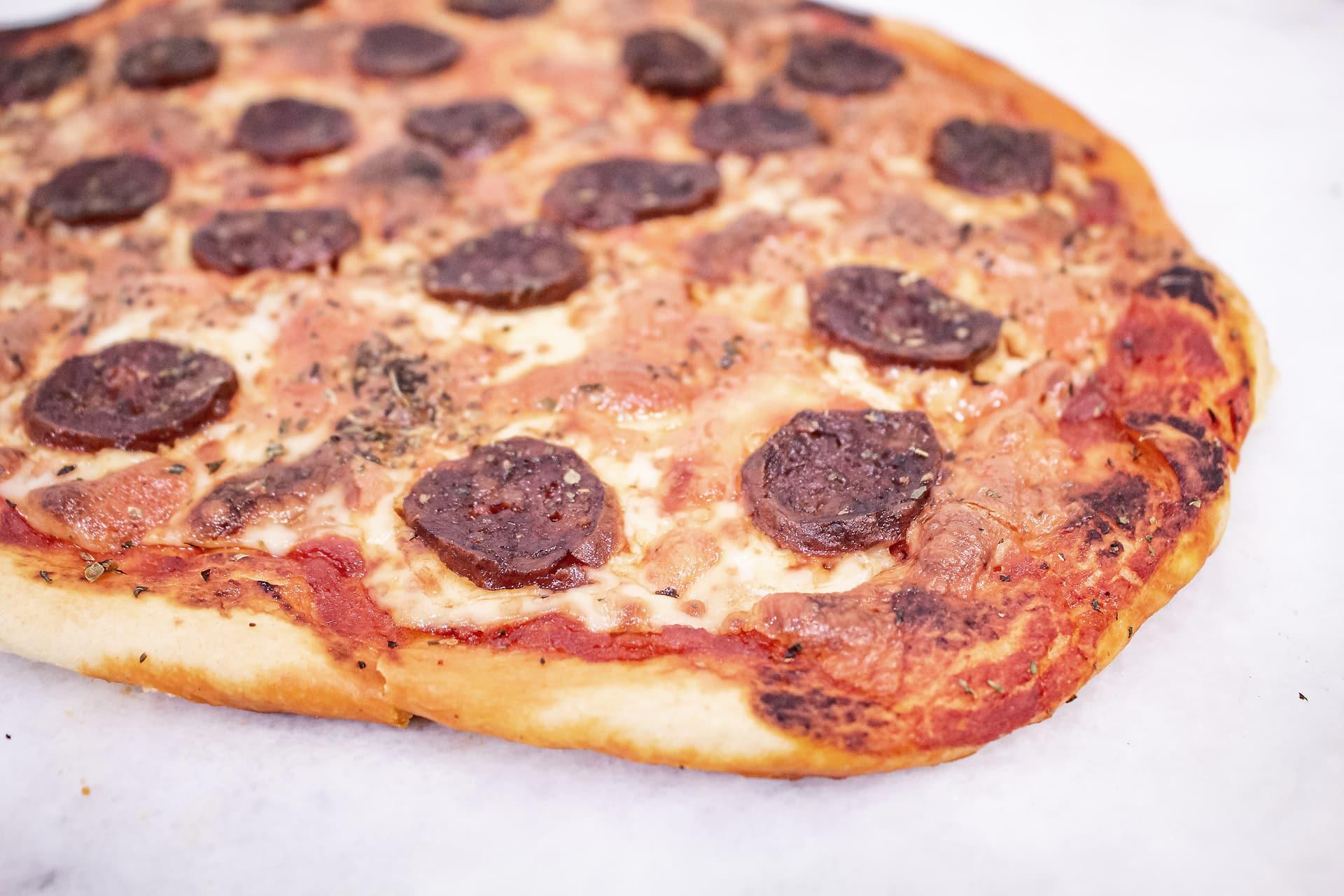 pizza de chorizo de Leon horneada
